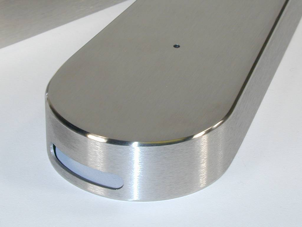 weld & finish around radius – detail